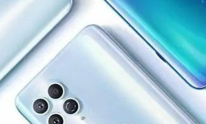 پوستر رسمی موتورلا Edge S، طراحی این گوشی را تأیید کرد