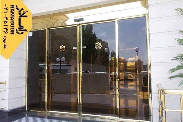 نصب درب شیشه ای اتوماتیک و صرفه جویی در استفاده از انرژی