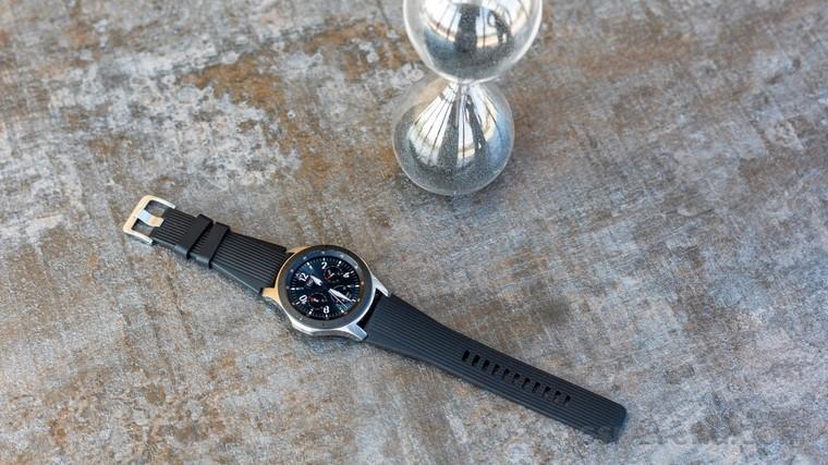 ساعت گلکسی واچ سامسونگ سیستم عامل تایزن ۵٫۵ را دریافت میکند